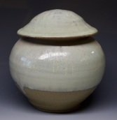 508 lidded jar