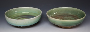 132A a pair of stew bowls